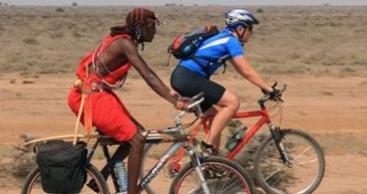 På cykel med masaierne
